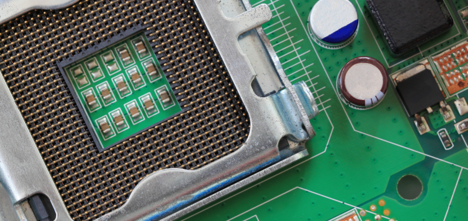 Examine Computer Motherboard for damage - solve Black Screen Problem in Windows 10